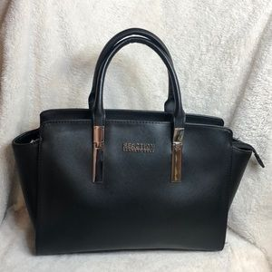 NWOT KENNETH COLE REACTION